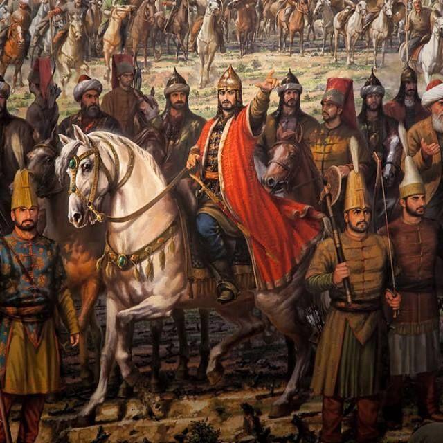 """Eski Türk geleneklerinin ön plânda olduğu 15. yy.'da; Batılıların """"Büyük Türk"""" dediği II. Mehmed'in cenaze töreninde, eski Türk ananeleri olan at kuyrukları kesilmiş, at eğerleri ters bağlanmış ve atların gözlerine tuz atılmıştır. Hatta II. Mehmed'in torunlarına """"Korkud"""" ve """"Oğuz Han"""" isimlerini vermesi bu geleneğin neticesidir."""