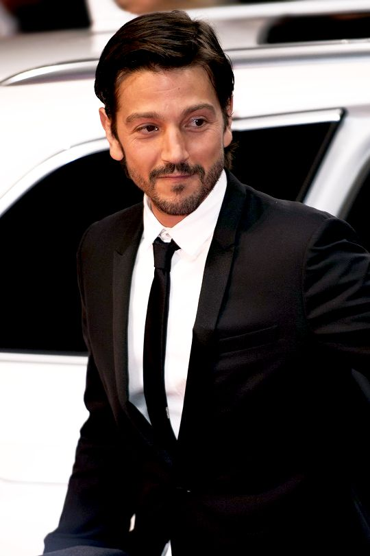 Diego Luna arrives for the closing ceremony of the 67th Berlinale International Film Festival Berlin at Berlinale Palace on February 18, 2017 in Berlin, Germany.