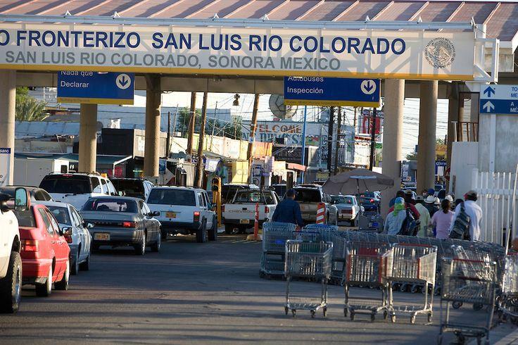 San Luis Mexico Border | Border entrance into USA. San Luis Rio Colorado, Mexico.