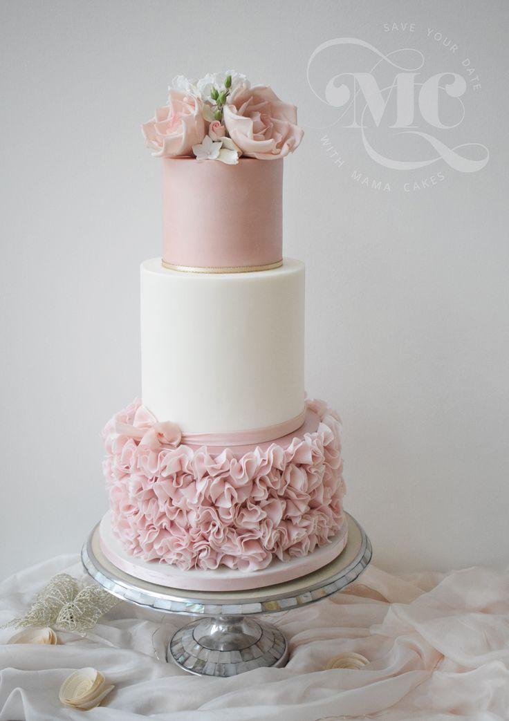 Rosa Blumenblätter kräuseln Hochzeitstorte. – Zilan Standesamt – # Blütenblätter …   – Yummy Kuchen