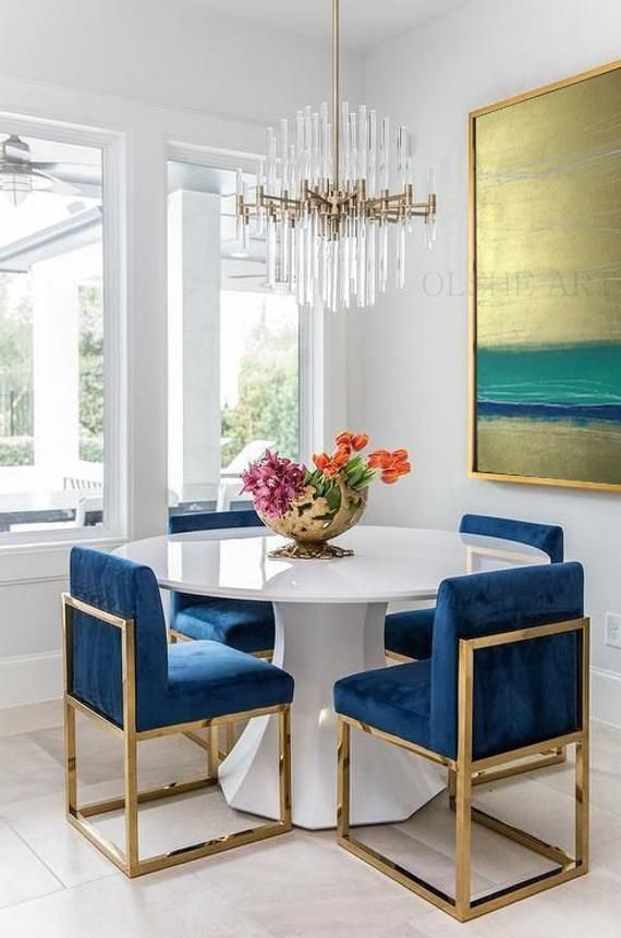 Fall In Love With The Most Dazzling Centerpiece Ideas For Your Dining Room Decor Diningroomligh Modern Dining Room Dining Room Inspiration Dining Room Paint