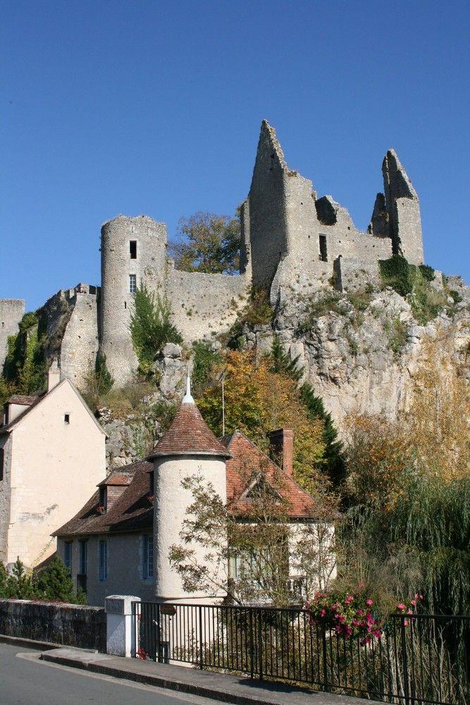 Ruines du Château, Angles sur l'Anglin, Vienne, France ©Sylvie Charles