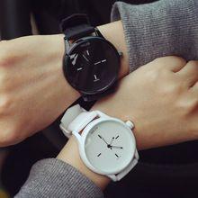 Высокое качество мода бренд мягкой силиконовый ремешок желе кварцевые часы наручные часы для женщин дамы любителей черный белый(China (Mainland))