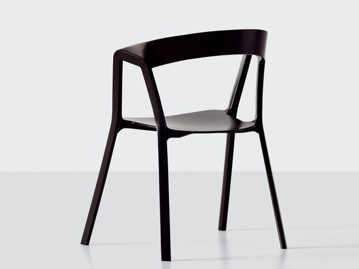 Chaise empilable en polypropylène COMPAS by Kristalia | design Patrick Norguet