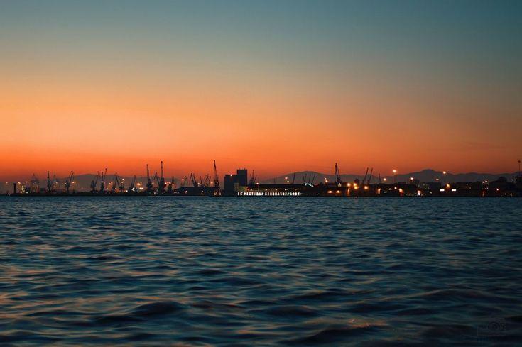 Sunset over Thessaloniki  by PetraMakalousova