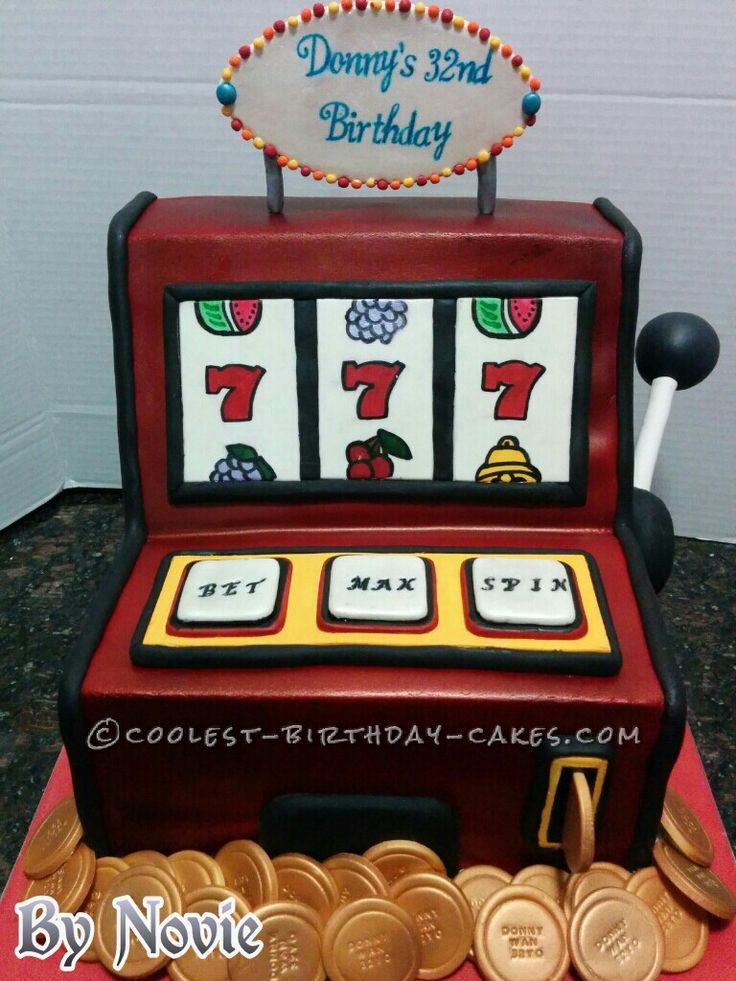 Coolest Party Slot Machine Cake... a fun casino themed homemade cake idea.