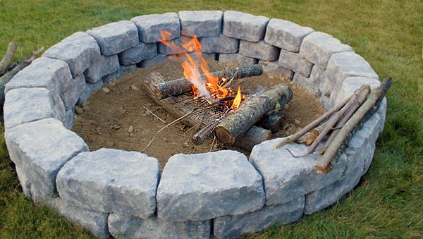 You'll Be Roasting S'mores In No Time With This Quick and Easy-To-Build #DIY Firepit.   -Stowed Stuff.