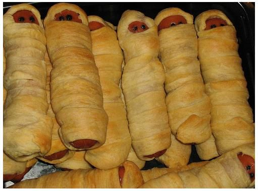 halloween food mummy dogs aka pigs in a blanket originally uploaded by these are cute neat idea for that hal - Cool Halloween Party Ideas