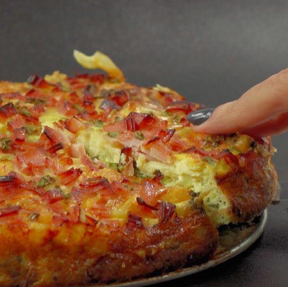Zapiekanka: ziemniaki, brokuły, ser, szynka