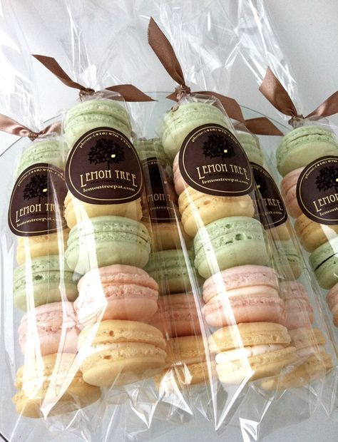 cute way to package macarons