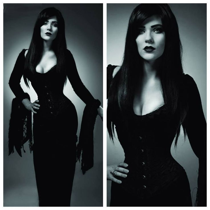 Morticia by Eve Beauregard; Photographed by WhatABigCamera.com