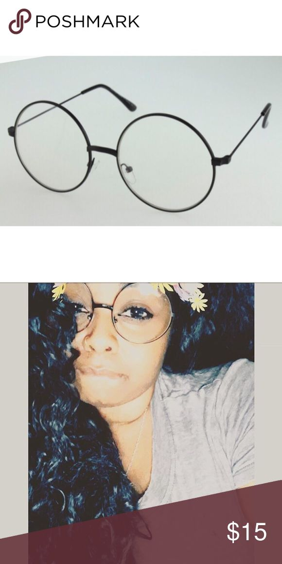 1 HOUR SALE Black vintage glasses Brand New Comes with a case Accessories Glasses