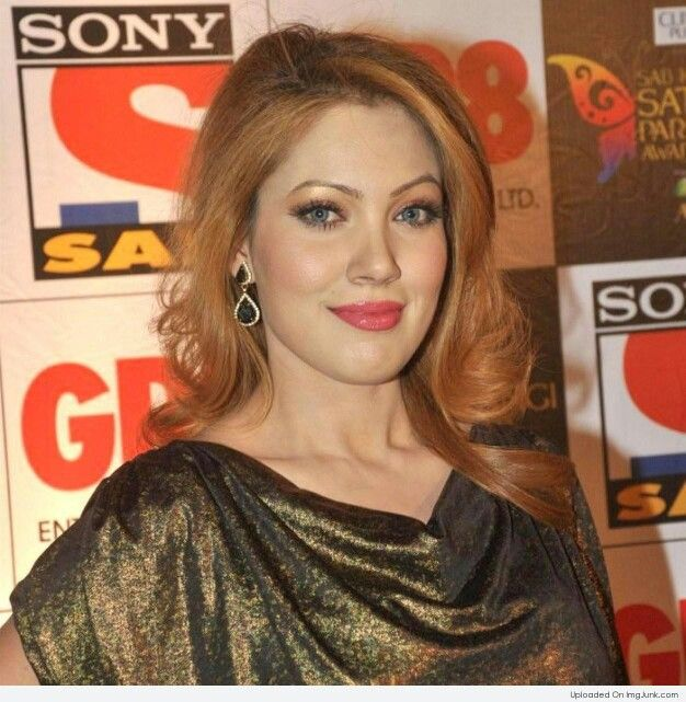 Picture Perfect Ex Gladrags SuperModel MUN MUN DUTTA May Have Stumbled & Tumbled As An Actress But She Has Carved A Niche For Herself As A Soap Queen In The Role Of #BABITAJi In The Popular Soap 'Tarak Mehta Ka Ulta Chashma!!