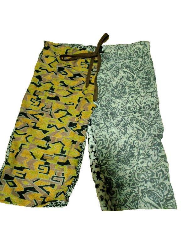 男女兼用 春夏ズボン 80's黄色×白黒花柄薄手の布地で作ったズボンです◆商品サイズW88cm H94cm 丈63.5cm もも周り56...|ハンドメイド、手作り、手仕事品の通販・販売・購入ならCreema。
