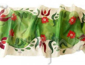 jászsági hullámok selyem sálak - piros, fehér,  zöld. Ideális ajándék nőknek.