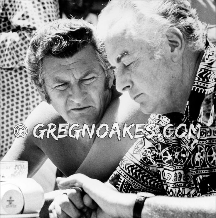 Bob Hawke and Gough Whitlam - past Prime Ministers