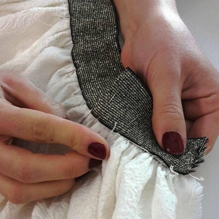 Tuto couture jupe froncée elastique sur le blog de l'atelier de la creation