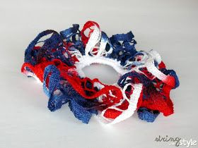 Happy 4th of July!!!!! I needed something for my daughter's hair and from necessity comes a new pattern for you! I love the ruffle yarn, ...