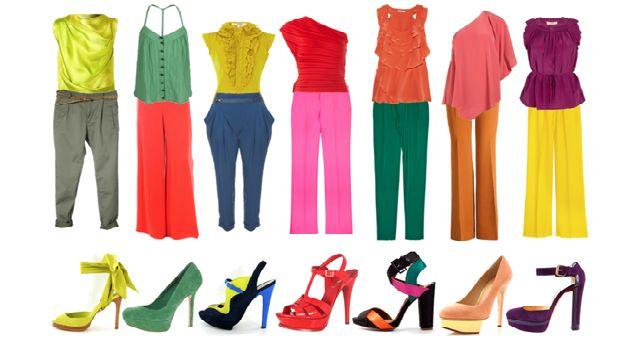 Disperata perchè non sai cosa indossare? Ti guardi allo specchio e pensi come valorizzare il tuo look e sembrare più magra?Come scegliere il colore ...