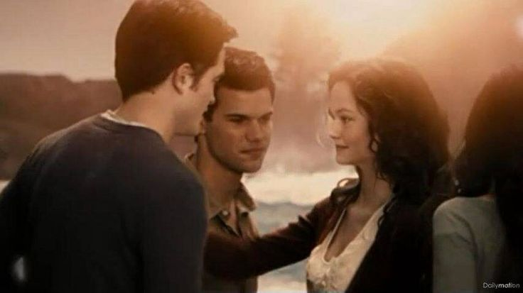 jacob black and renesmee cullen - 1362×735