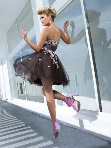 Fashionable puffy dress