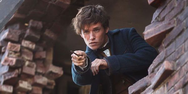 Despite being the main character of the Fantastic Beasts and Where to Find Them franchise, not much is known yet about Newt Scamander's backstory. All fans really know about him is that he's a Magizoologist, he has a brother, and he was expelled from Hogwarts mostly thanks to his relationship with Leta Lestrange. This lack of detail can't sit well with Harry Potter fans, who aren't hesitating to squeeze what they can out of J.K. Rowling and her Wizarding World. Normally pretty tight-lipped…