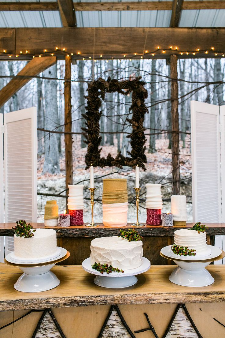 © Sarah Tew Photography, http://www.sarahtewphotography.com as seen on Style Me Pretty http://tinyurl.com/kvjlq89 Wedding details decor, Rustic Wedding, Vintage Wedding, Winter Wedding, Christmas wedding, Details by Chelsea Ann, Art Paper Scissors, Ruche, Empire Cake, Eliza Gwendalyn, Emmerich Tree Farm