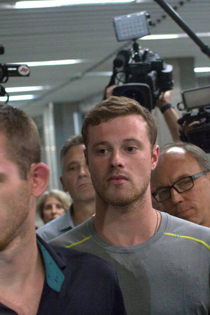 Rio 2016 diz que nadadores americanos não precisam pedir desculpas por falso…