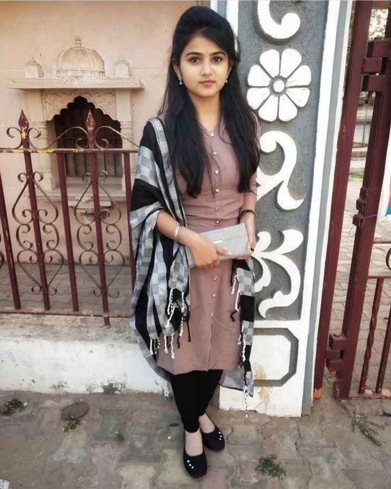Indian Beautiful Girls - Online Information 24 Hours