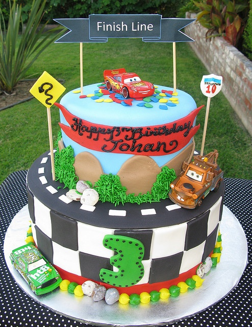 Disney Cars Cake @Kyla Ouillette I can see you making this! So cute!