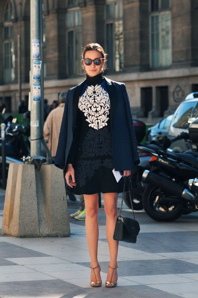 ECE SÜKAN  Editor-at-Large / Stylist, Vogue Turkey - Street Style brogue