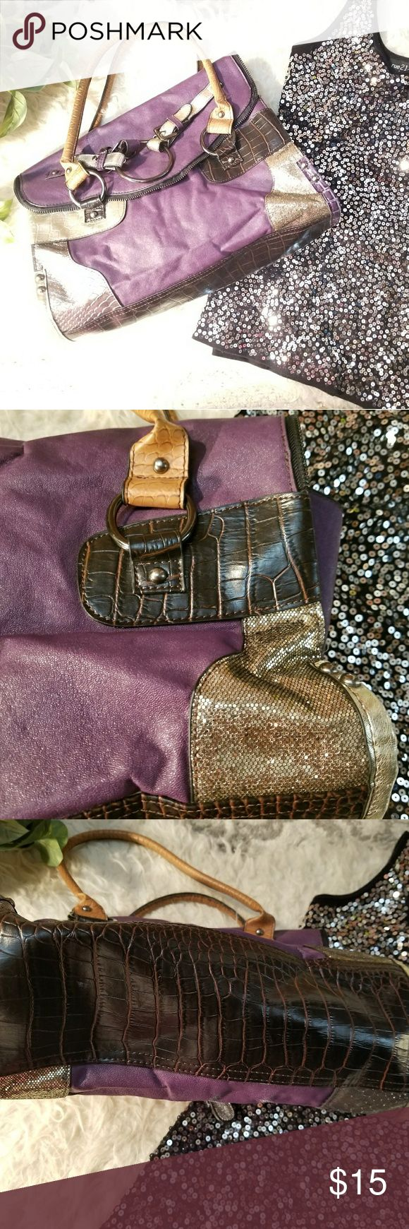 MMS Purple Gold Silver Eye catching Shoulder Bag Excellent Condition with no stains ~ one small peel (picture #8)on the back bottom of bag and not noticeable when carried~ hmu if you have any questions💋~ width 13 Depth 8 SD 8 all measurements are approximate ~ MMS Design Studio Bags Shoulder Bags