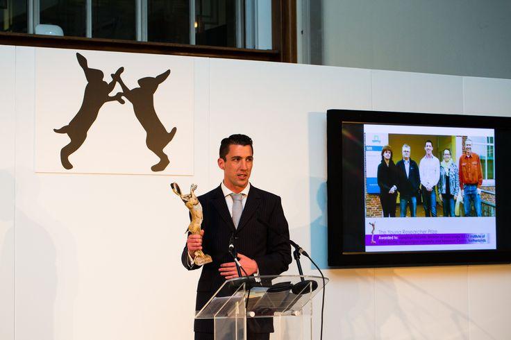 De internationale Lush Prize is een van onze initiatieven voor een proefdiervrije wereld. Dit jaar was er een winnaar uit Nederland: Jonge Onderzoeker Jonathan Nicolas!  http://www.lushprize.org