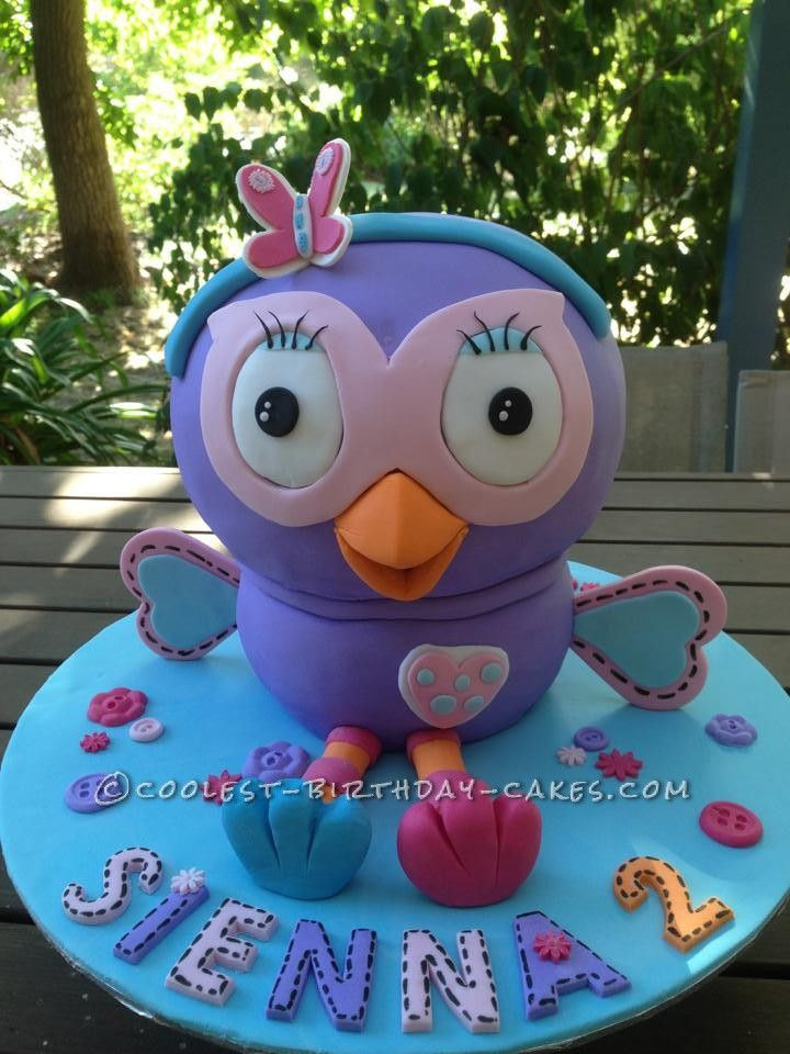 Beautiful Hootabelle Cake from Giggle and Hoot... This website is the Pinterest of homemade birthday cakes