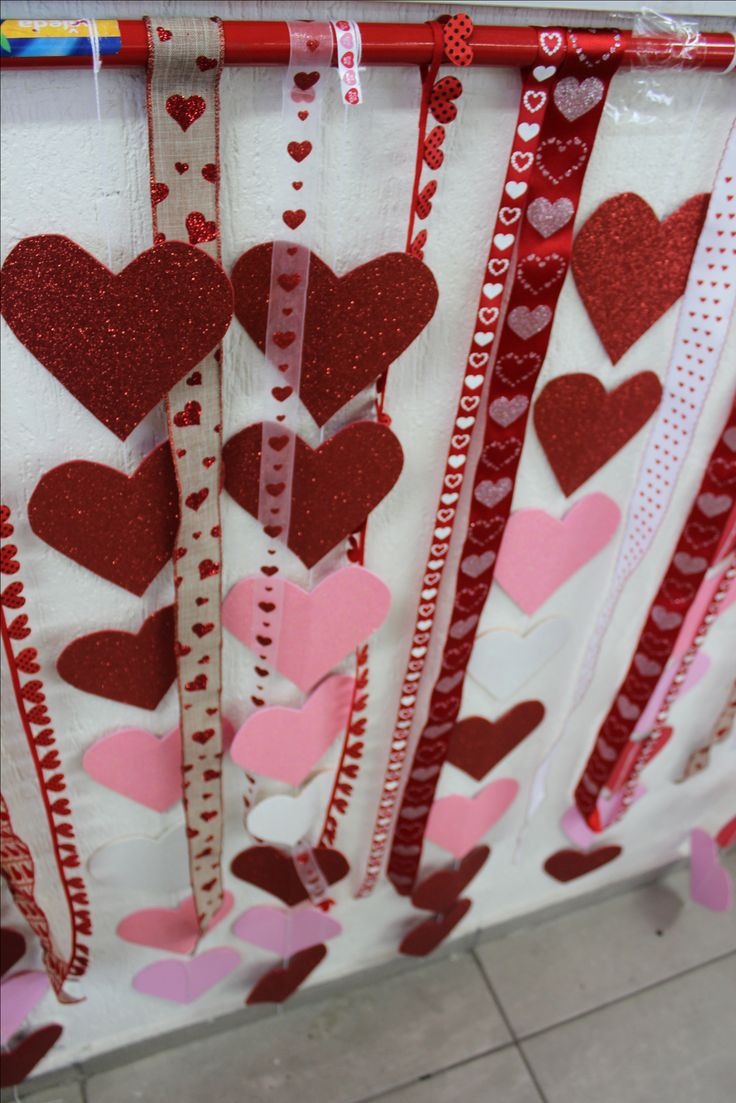 Decoraci n diy salon de clases san valentin decoraci n for Decoracion san valentin pinterest