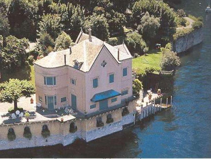 Villa Schouvaloff | Blevio #lakecomoville