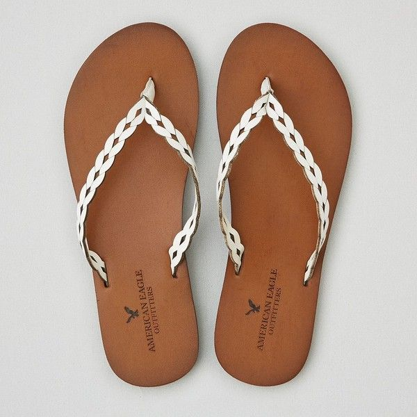 AEO Leather Flip Flop (36 AUD) ❤ liked on Polyvore featuring shoes, sandals, flip flops, white, american eagle outfitters, american eagle outfitters shoes, leather shoes, white leather sandals and white flip flops