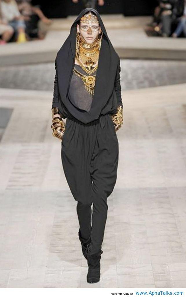 http://www.apnatalks.com/fashion-remp-model-showing-burqa-style-dress-burka-fashion/