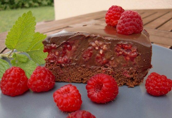 Csokoládés-málnás torta