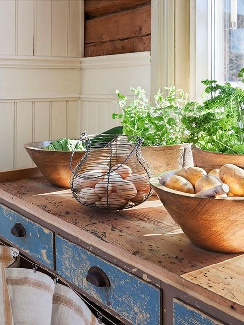 Egg basket and wooden bowls, and amazing bench!
