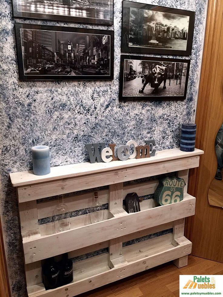 mueble recibidor hecho con un palet,convertirlo en lugar apetecible a la vista,transformar el espacio, en un rincón fresco y dinámico, practico decorativo