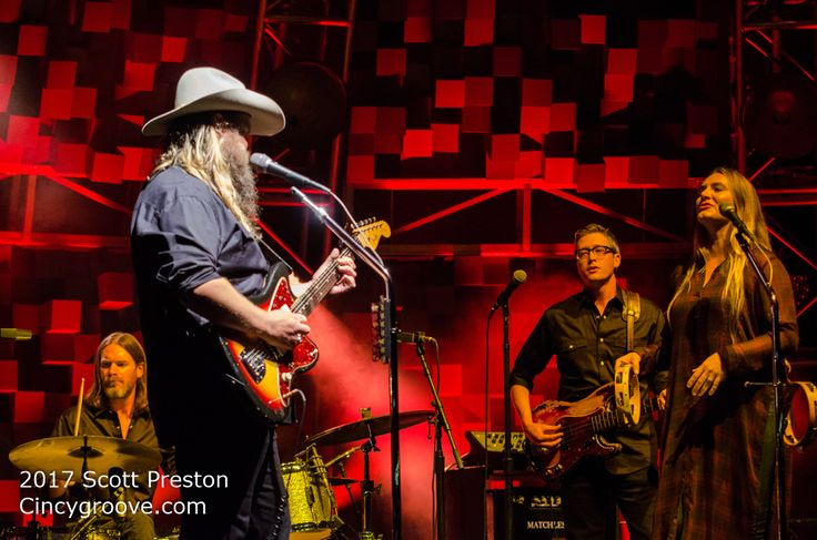 Photos – Chris Stapleton, 9/8/17, Riverbend Music Center, Cincinnati, OH