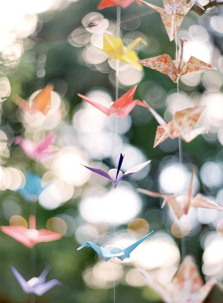 Origami cranes ~ via Style Me Pretty ~ Photography by josevillaphoto.com