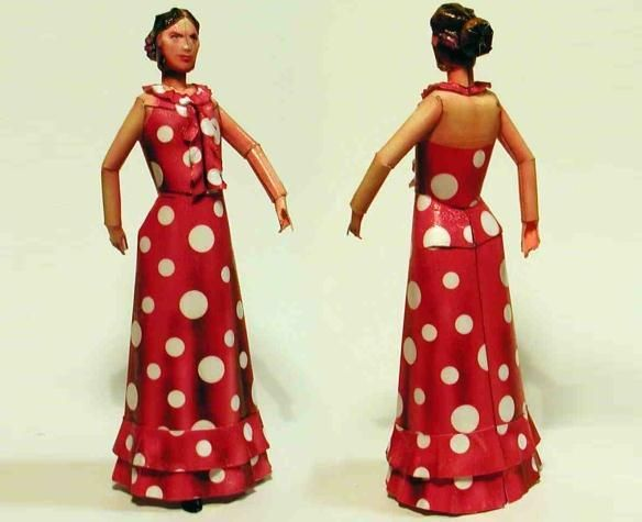 Valentina - Italian Paper Doll - by Zio Prudenzio - Boneca Italiana - Here is Valentina, a really beautiful paper doll, by Italian designer Fabrizio Prudenziati, from Zio Prudenzio website.