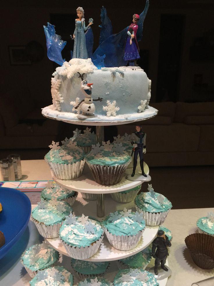 Frozen cake & cupcakes