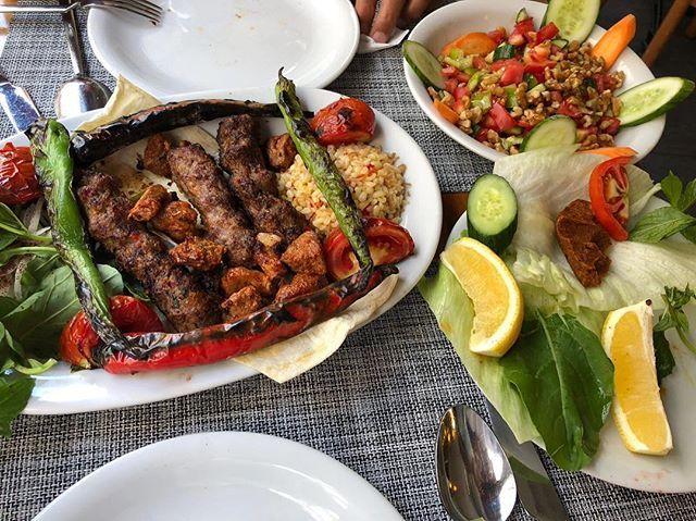 Halal Food Bitlisli Restaurant Istanbul Halal Recipes Food Halal