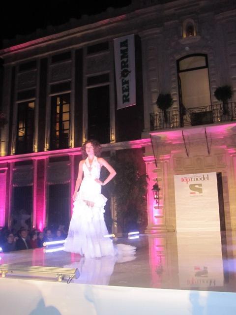 Mexico's Next Top Model y El Reforma. Sahily.