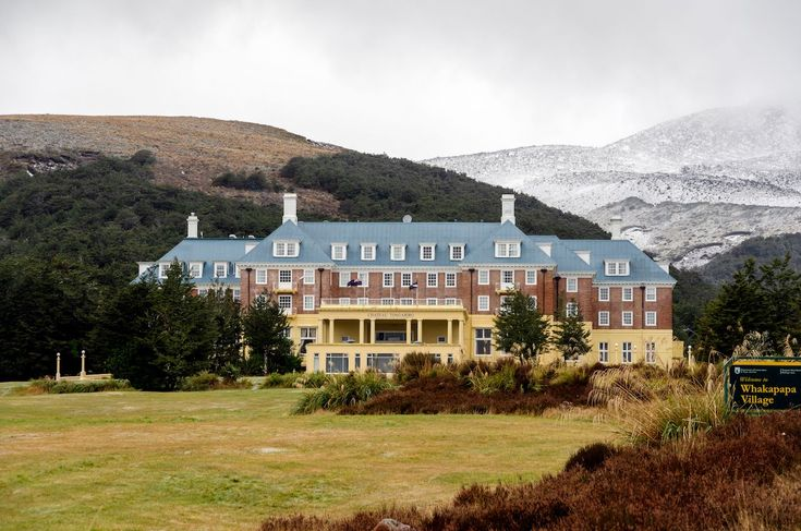 9 haunted hotels you can actually spend the night in