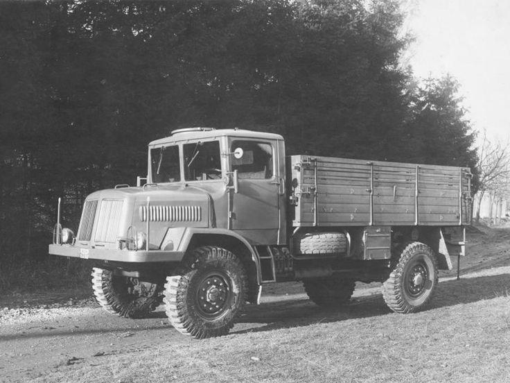 Tatra T128 '1951–52
