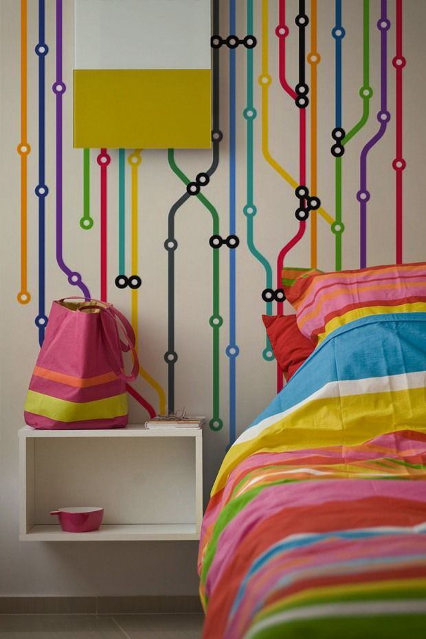 London Tube - Simple Colorfoul Lines for Wall Decorations in Modern Interiors | InspireFirst